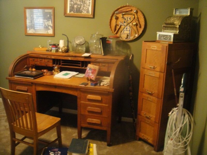 BUY Old ANTIQUE Furniture VINTAGE Furniture Fort Worth ! - Antiques Wanted Want To Buy Antiques Estate Sale Items