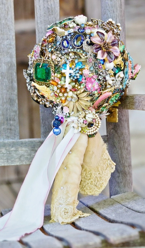 Vintage jewellery wedding bouquets : Stuff for sale vintage costume jewelry wedding bouquet