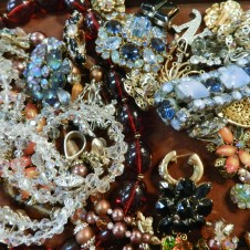 Vintage Rhinestone Jewelry for Sale Fort Worth!