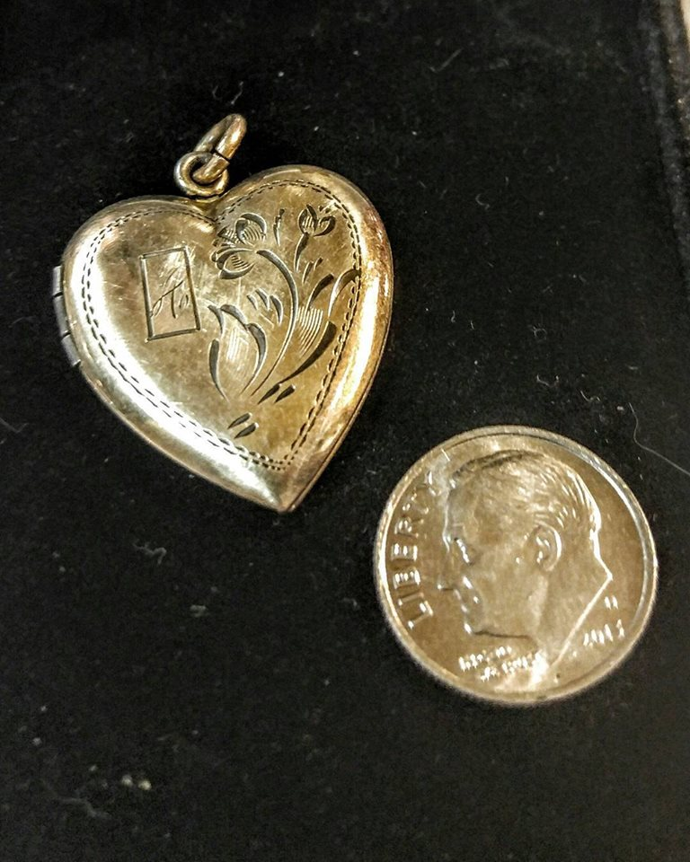 stuff for sale vintage lockets jewelry fort worth antiques