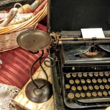 vintage antique typewriters, antiques fort worth
